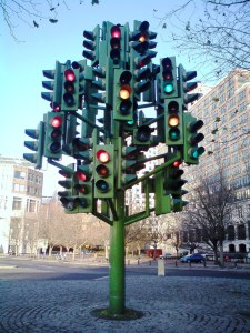 https://centreoftheworld.wordpress.com/2010/03/22/traffic-light-tree/