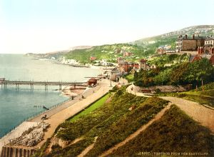https://commons.wikimedia.org/wiki/File:Ventnor,_Isle_of_Wight,_England,_ca._1899.jpg#/media/